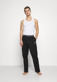 KARL LAGERFELD - SINGLE PANTS - Pyžamový spodní díl - black - 1