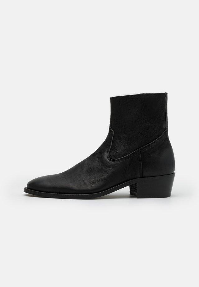 HOXTON HEXCUBAN - Classic ankle boots - black