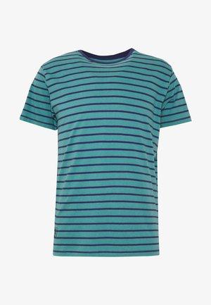 SAMMY - T-shirt med print - scout blue
