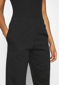 New Look - CUFFED JOGGER - Joggebukse - black - 4