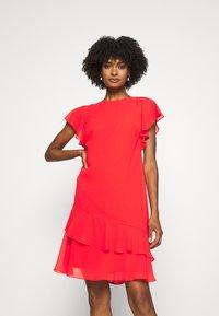 Lauren Ralph Lauren - CYRENA CAP SLEEVE DAY DRESS - Vapaa-ajan mekko - bright hibiscus - 0