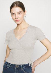 Even&Odd - Print T-shirt - light grey - 3