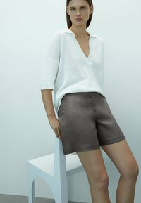 Massimo Dutti - Shorts - dark grey - 2