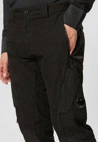 C.P. Company - Cargo trousers - black - 3