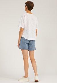ARMEDANGELS - FREYMAA - Denim shorts - medium washed - 2
