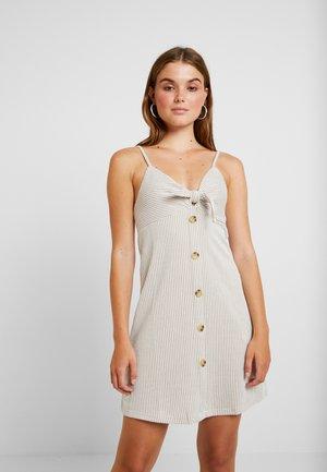 TIE FRONT MINI DRESS - Jerseyklänning - brownie/white
