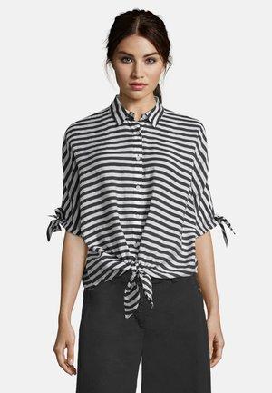 MIT STREIFEN - Button-down blouse - weiß/schwarz