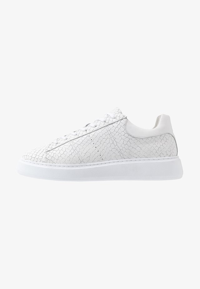UNISEX - Zapatillas - white