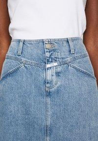 CLOSED - IBBIE - A-line skirt - mid blue - 6