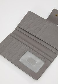 Fossil - LOGAN - Wallet - gray - 5