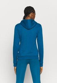 Puma - LOGO HOODY - Jersey con capucha - digi blue - 2