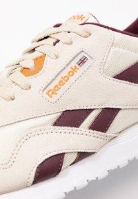 Reebok Classic - CLASSIC  - Sneakersy niskie - alabas/maroon/ricoch - 2