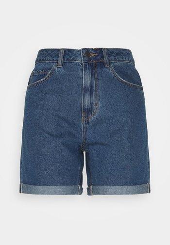 VMNINETEEN MIX - Shorts di jeans - medium blue denim