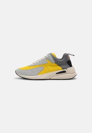 S-SERENDIPITY - Sneakers - grey/yellow