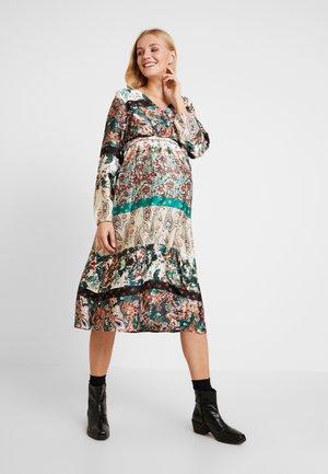 MLPIPPA WOVEN MIDI DRESS - Denní šaty - whisper white