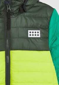 LEGO Wear - JOSHUA JACKET UNISEX - Zimní bunda - light green - 4