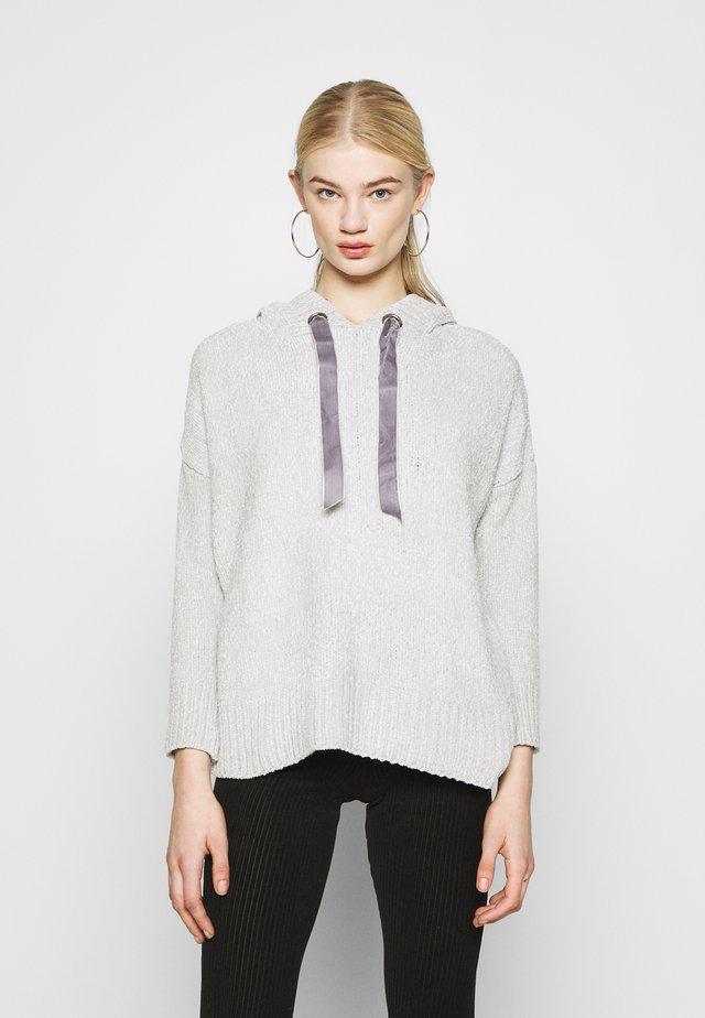 LONGLINE HOODIE - Jersey con capucha - grey