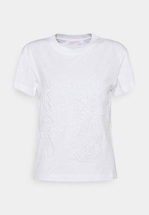 Jednoduché triko - white powder