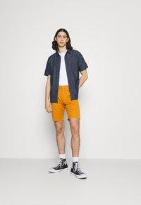 Levi's® - SUNSET - Shirt - dark indigo - 1