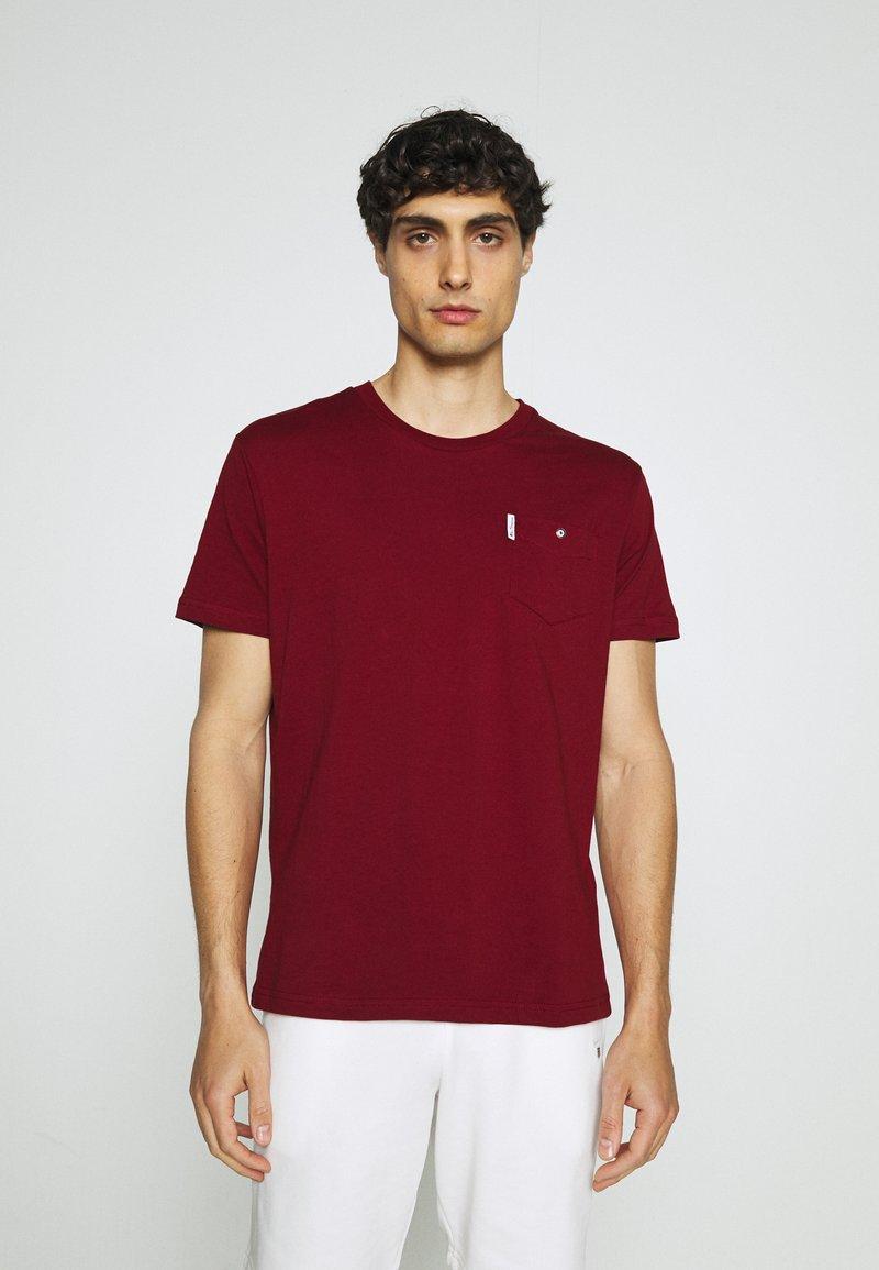 Ben Sherman - SIGNATURE POCKET TEE - Basic T-shirt - red
