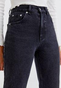 PULL&BEAR - Relaxed fit jeans - mottled black - 3