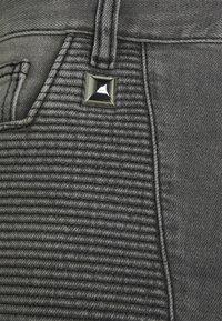 Just Cavalli - Jeans Tapered Fit - black denim - 7