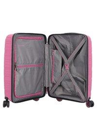 Travelite - MOTION - Wheeled suitcase - rose - 4