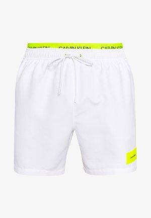 MEDIUM DOUBLE - Swimming shorts - white