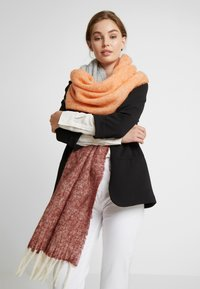 Becksöndergaard - INGRID SCARF - Halsduk - dusty orange - 0
