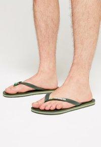 Havaianas - BRASIL LOGO - Pool shoes - green olive - 0