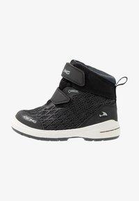 Viking - HERO GTX - Hiking shoes - black/charcoal - 1