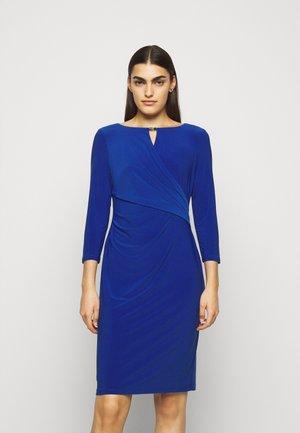 MID WEIGHT DRESS TRIM - Fodralklänning - summer sapphire