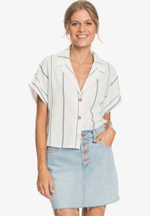 WINTER CATCHER - Button-down blouse - snow white