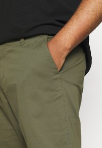 Only & Sons - ONSCAM - Shorts - olive night - 4
