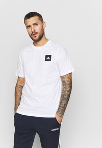 adidas Performance - TEE - Print T-shirt - white - 0
