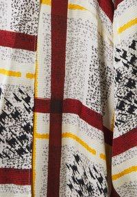 Mother of Pearl - NECK DRESS WITH TIE CUFFS - Vapaa-ajan mekko - burgandy / check - 4