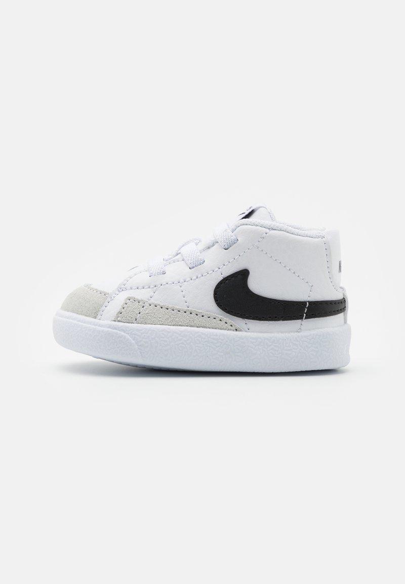Nike Sportswear - BLAZER MID CRIB - Vysoké tenisky - white/black