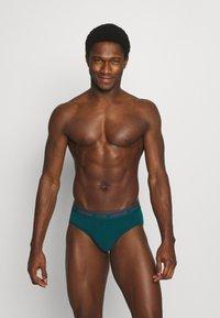 Calvin Klein Underwear - HIP BRIEF 2 PACK - Briefs - red - 2