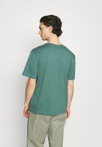 ARKET - T-shirt basique - green - 2