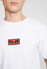 Obey Clothing - EYES - Print T-shirt - white - 4