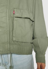 Levi's® - SURPLUS UTILITY JACKET - Denim jacket - sea spray - 4