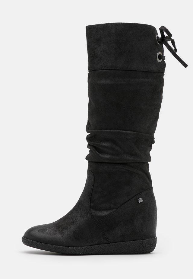 KONG - Laarzen met sleehak - karma black