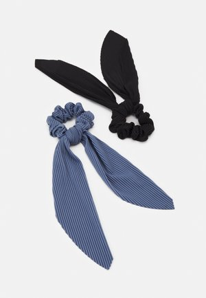 PCHADDY BOW SCRUNCHIE 2 PACK - Hair styling accessory - black/blue