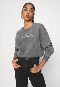 Even&Odd - Printed Oversized Sweatshirt - Sweatshirt - dark grey - 3