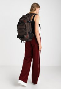 Forvert - LOUIS - Rucksack - dark brown - 6