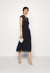 IVY & OAK - DRESS MIDI - Juhlamekko - navy blue - 1
