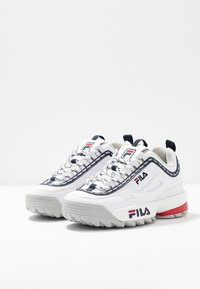 Fila - DISRUPTOR LOGO - Baskets basses - white - 4