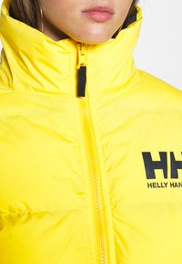 Helly Hansen - W HH  - Winter jacket - young yellow - 5