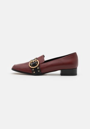 CRUISE - Slippers - rouge/noir