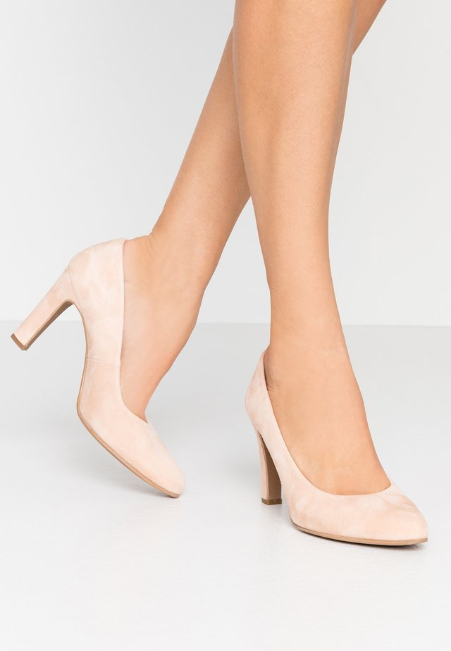 WIDE FIT BIBI - Klassiska pumps - pale
